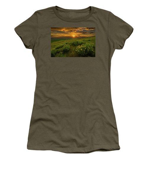 Sunset At Steptoe Butte Women's T-Shirt