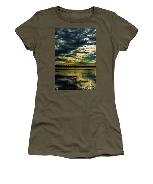 Sunset At The Wetlands Women's T-Shirt