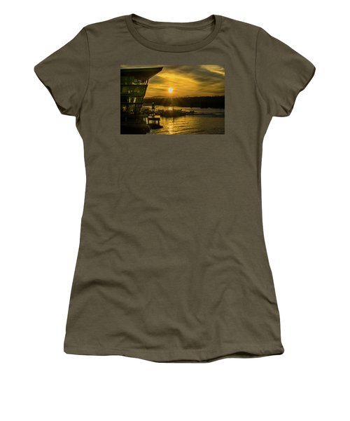 Sunset By The Convention Centre Women's T-Shirt (Athletic Fit)