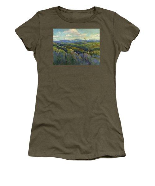 Super Bloom 4 Women's T-Shirt (Athletic Fit)