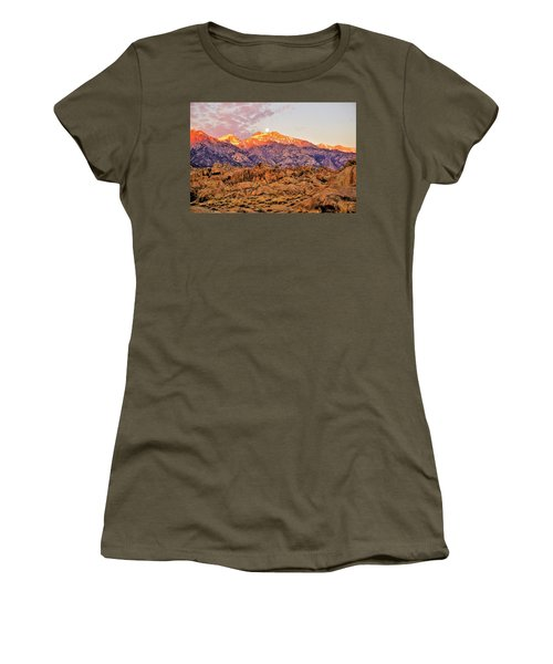 Supermoon Setting At Sunrise Over Mount Williamson In The Sierra Nevada Mountains Women's T-Shirt