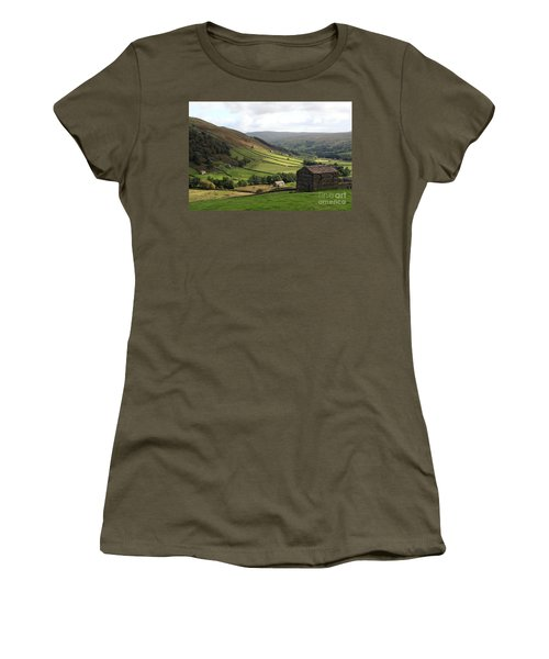 Swaledale  Yorkshire Dales Women's T-Shirt (Athletic Fit)
