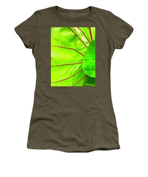 Taro Leaf Close Up In Green Women's T-Shirt