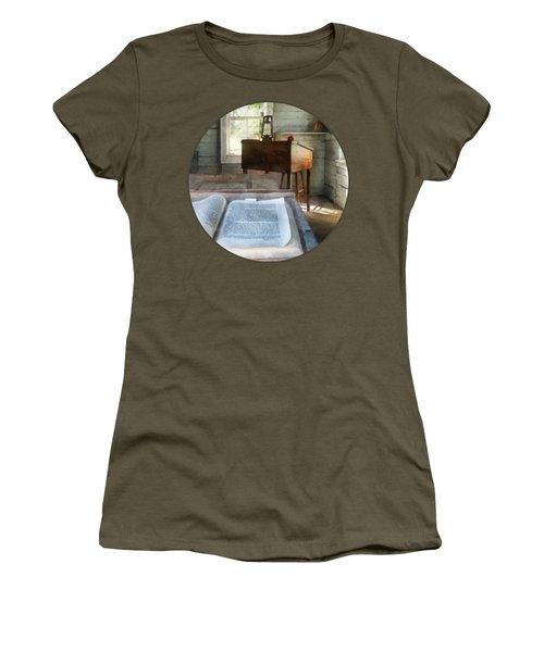 Teacher - One Room Schoolhouse With Book Women's T-Shirt