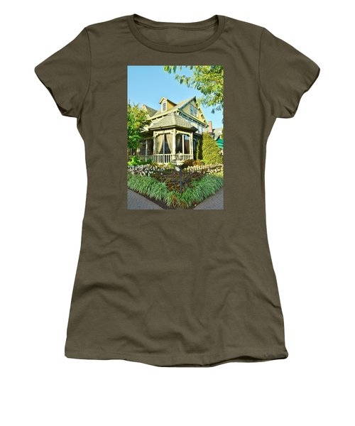 The Buttery Restaurant In Lewes Delaware Women's T-Shirt