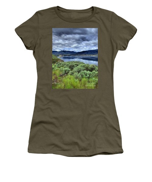 The City And The Clouds Women's T-Shirt (Athletic Fit)