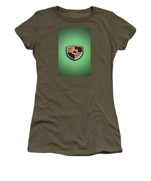 Women's T-Shirt featuring the photograph The Crest by ItzKirb Photography