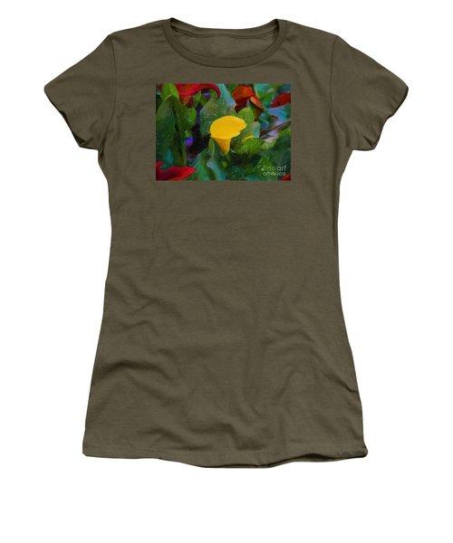 The Flowers In Juarez Park Women's T-Shirt