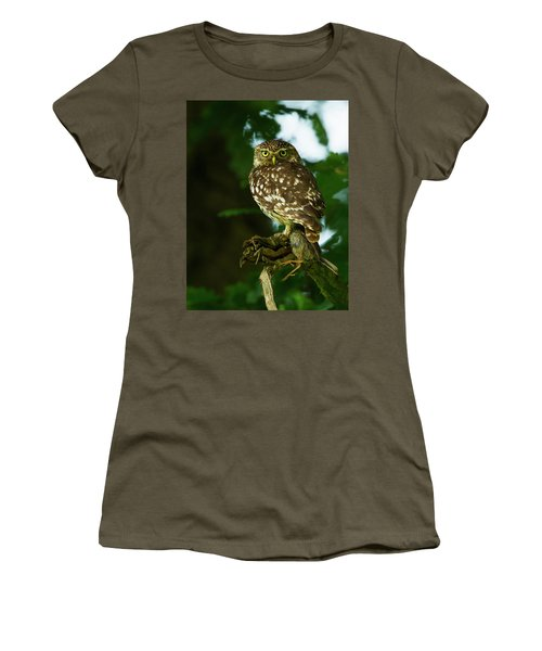 Women's T-Shirt (Junior Cut) featuring the photograph The Hunter by Paul Scoullar