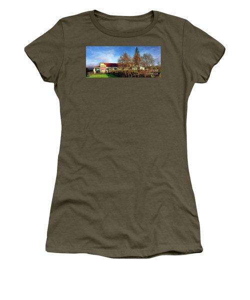 The Oakville Grocery Women's T-Shirt