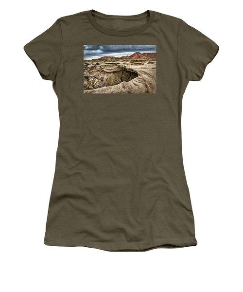 The Overhang - Toadstool Geologic Park Women's T-Shirt