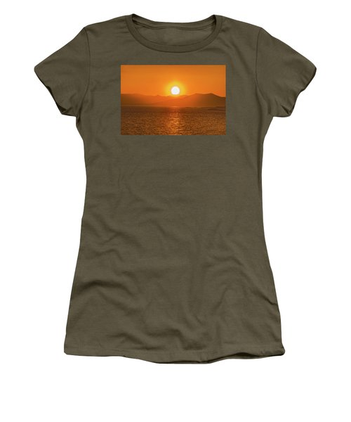 The Smoke From A Forest Fire Gave Us This Tangerine Sky Over 11-mile Reservoir State Park, Colorado. Women's T-Shirt (Athletic Fit)