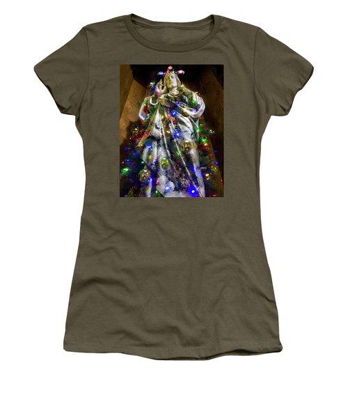The Spirit Of Christmas Women's T-Shirt