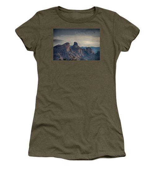 Women's T-Shirt featuring the photograph Thimble Peak Sunrise by Dan McManus