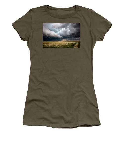 Touch The Earth - Storm Reaches Down In Colorado Women's T-Shirt