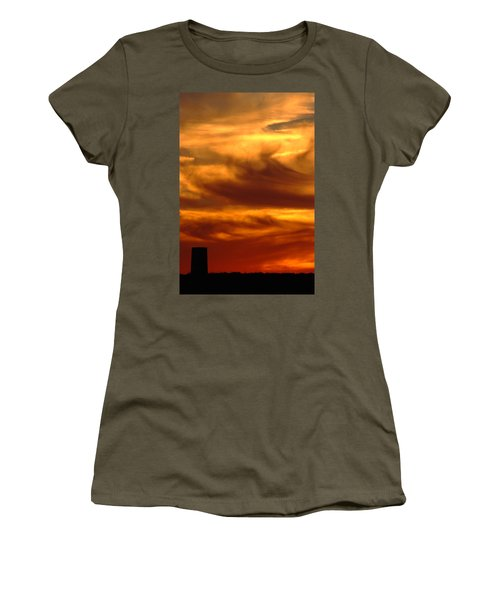 Tower In Sunset Women's T-Shirt