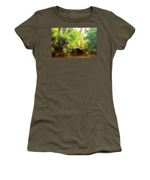 Tower Light Bridge Women's T-Shirt (Athletic Fit)