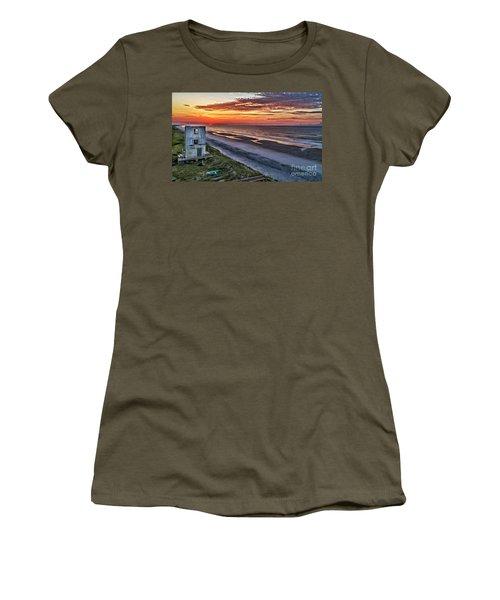Tower Sunrise Women's T-Shirt