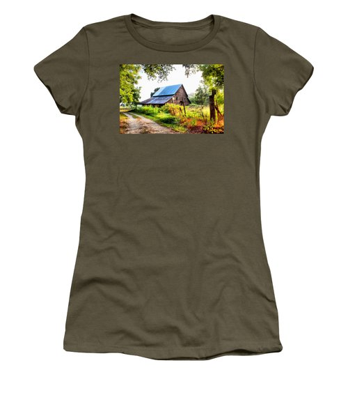 Townville Barn Women's T-Shirt (Athletic Fit)
