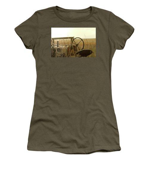 Tractor Sunrise Women's T-Shirt