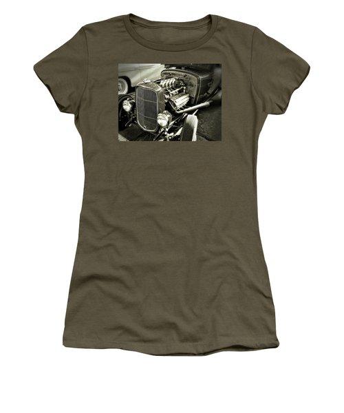 Traditional Hemi Bw Women's T-Shirt