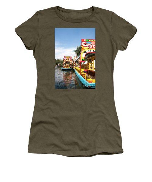 Trajineras Women's T-Shirt (Athletic Fit)