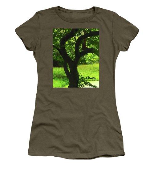Tree Trunk Green Women's T-Shirt