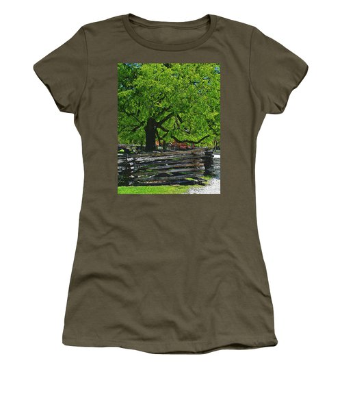 Tree With Colonial Fence Women's T-Shirt
