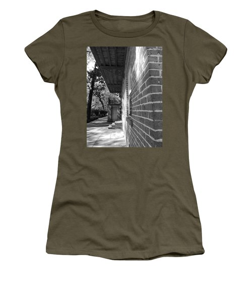 Turning A Savannah Corner Women's T-Shirt