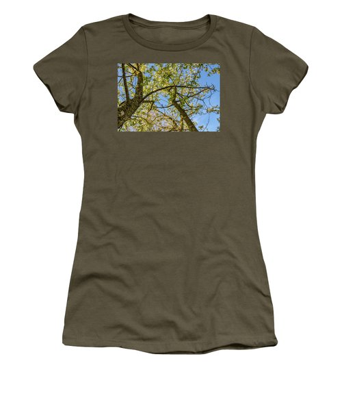Up A Tree Women's T-Shirt (Athletic Fit)