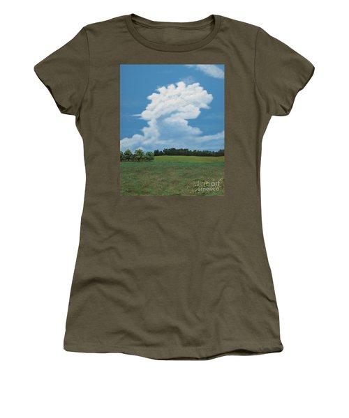 Updraft Women's T-Shirt (Athletic Fit)