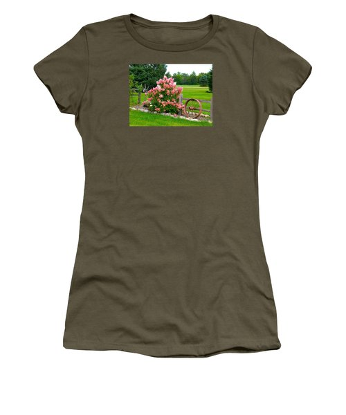 Vanilla Strawberry Hydrangea Women's T-Shirt (Athletic Fit)