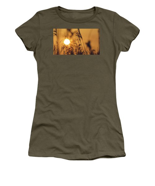 View Of Sun Setting Behind Long Grass C Women's T-Shirt