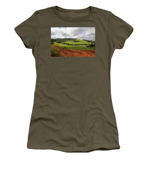Vinales Valley Women's T-Shirt (Athletic Fit)