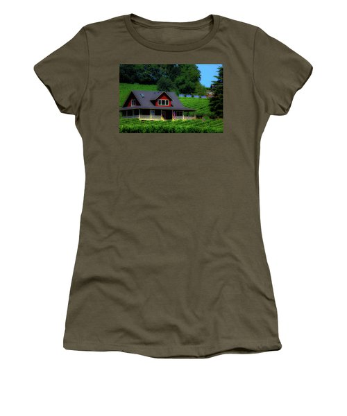 Vineyards Women's T-Shirt (Athletic Fit)