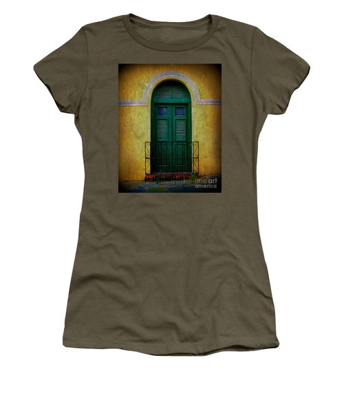 Vintage Arched Door Women's T-Shirt (Athletic Fit)