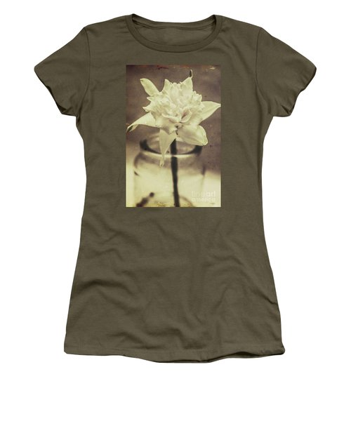 Vintage Floral Still Life Of A Pure White Bloom Women's T-Shirt