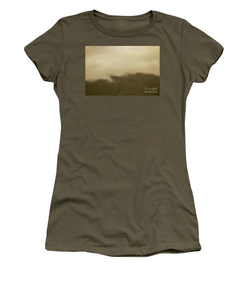 Vintage Mountains Covered By Cloud Women's T-Shirt