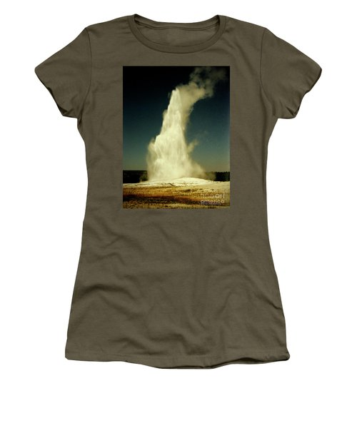 Vintage Old Faithful Women's T-Shirt (Athletic Fit)