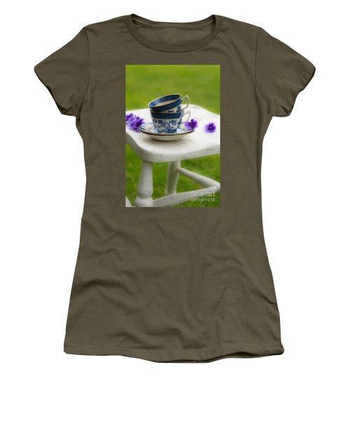 Vintage Teacups Women's T-Shirt