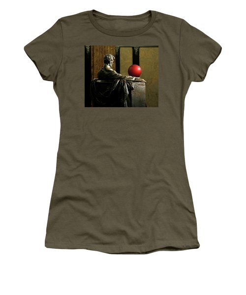 Women's T-Shirt (Junior Cut) featuring the photograph Visiting Lincoln by Christopher McKenzie