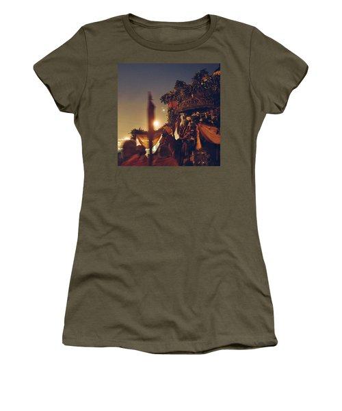 #vscocam #allahabad #prayag Women's T-Shirt