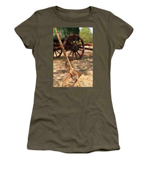 Wagon Stake Women's T-Shirt (Athletic Fit)