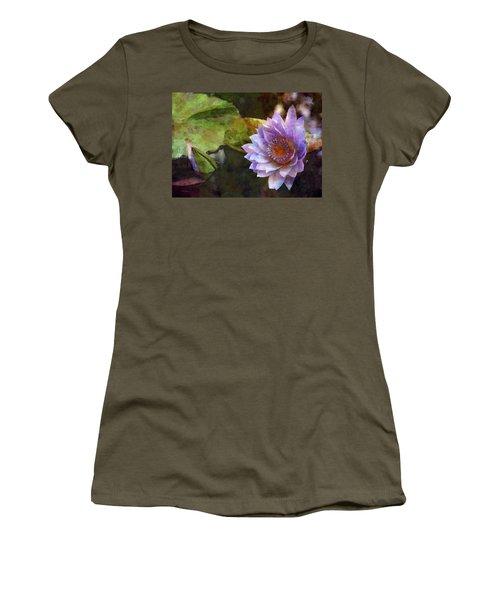 Warm Heart 4726 Idp_2 Women's T-Shirt