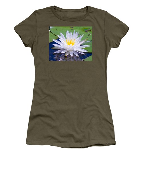 Water Lily Women's T-Shirt (Junior Cut)
