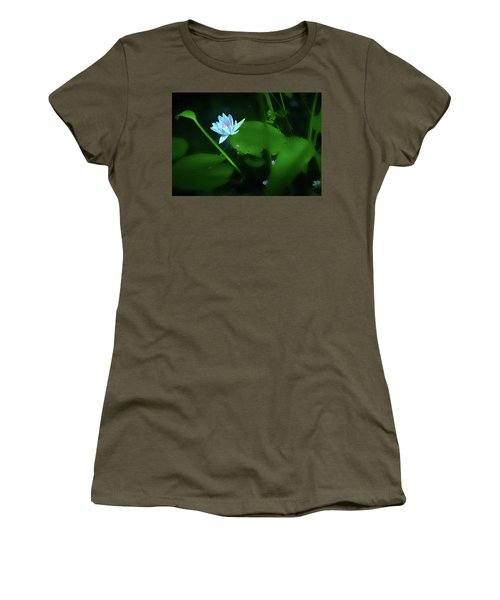 Water Lily N Pond Women's T-Shirt (Athletic Fit)