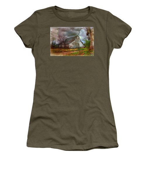 Watercolor Barn 2 Women's T-Shirt (Athletic Fit)