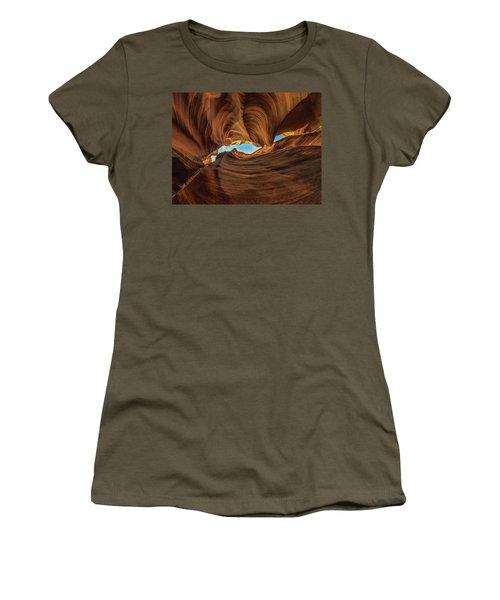 Wavy Women's T-Shirt
