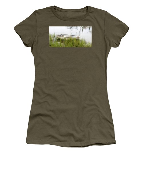 Weathered Old Skiff - The Outer Banks Of North Carolina Women's T-Shirt (Athletic Fit)