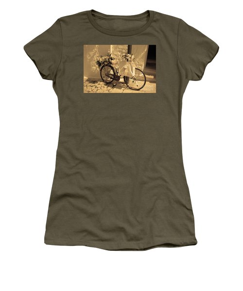 Wedding Bike Women's T-Shirt (Athletic Fit)